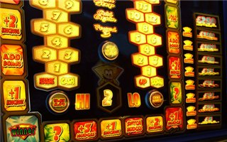 Мой игровой автомат russian roulette