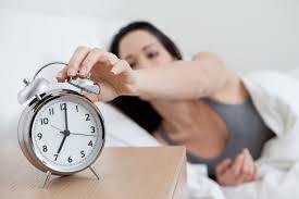 Как научиться раньше вставать?