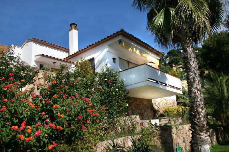 Новость: На какие моменты обратить внимание при покупке жилья в Испании