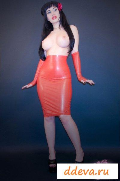 Фото голой женщины