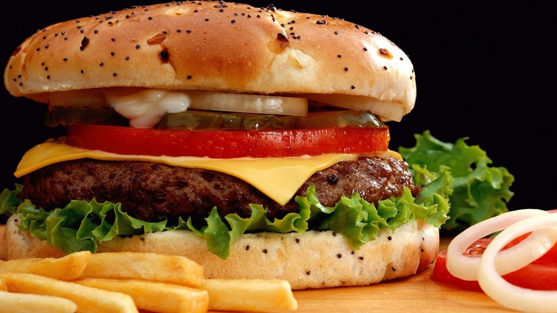 В США на детских каналах больше рекламируют вредные продукты питания