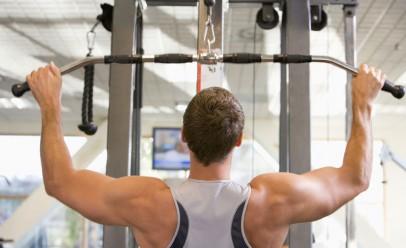 Занятия в тренажерном зале могут привести к мужской слабости