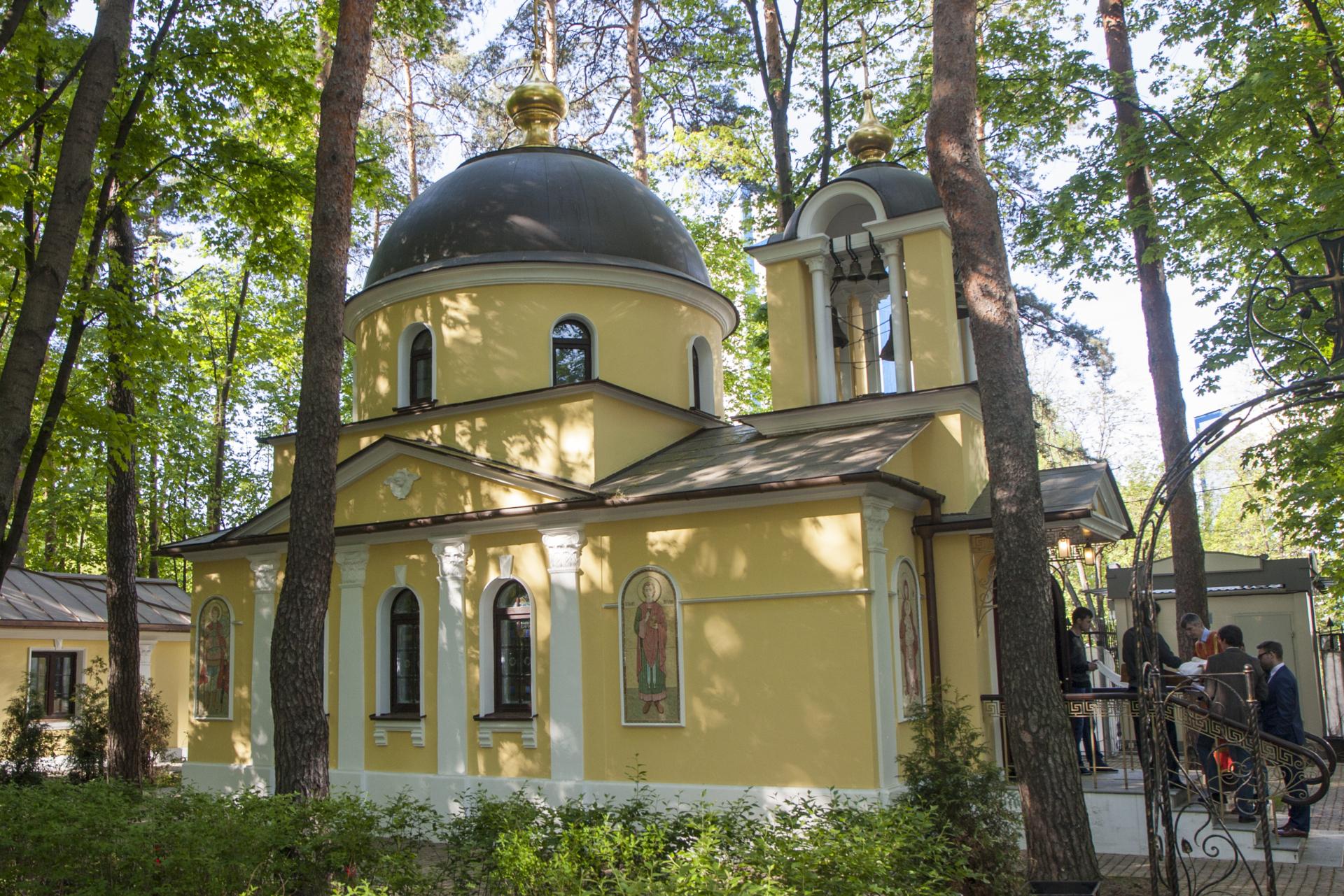 Храм святой Елизаветы в Покровском-Стрешневе