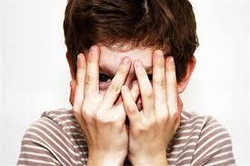 Зачем закрывают глаза детей на 85
