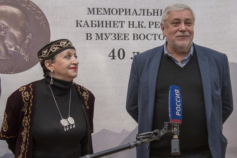 К 145-летию со дня рождения Николая Рериха в Музее Востока обновили мемориальный кабинет живописца