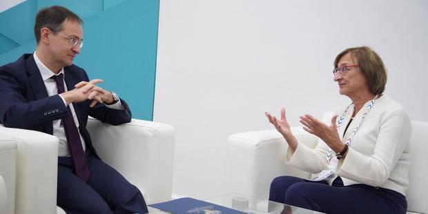 """Владимир Мединский считает, что фонду """" Евримаж """" надо активнее заниматься продвижением национального"""