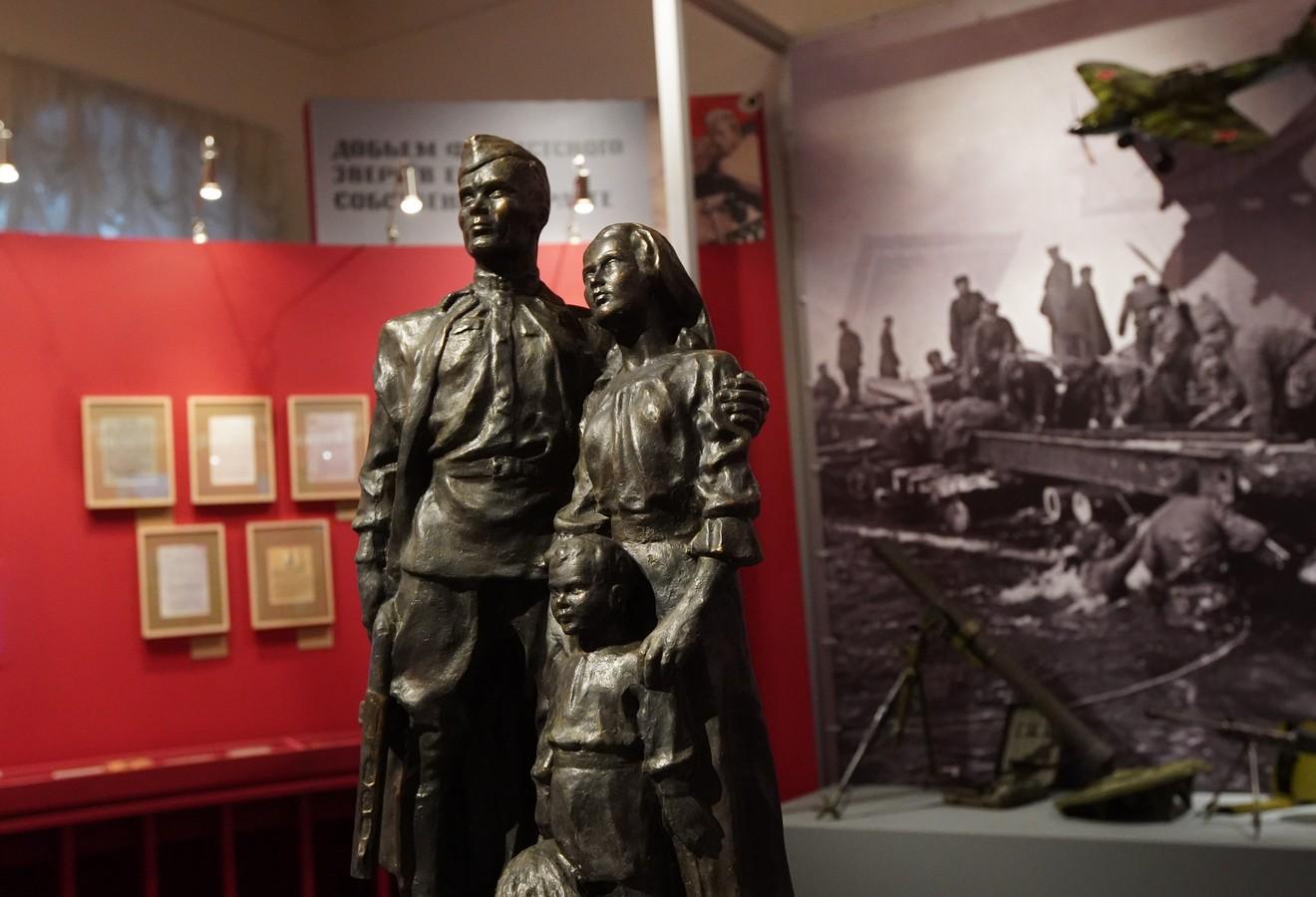 """Экспозиция """" Путь к Победе: исторические источники демонстрируют """" открылась в Центральном музее совре"""