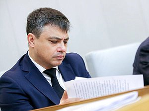 Дмитрий Морозов: при проведении изменений в здравоохранении исходить надо из потребностей людей