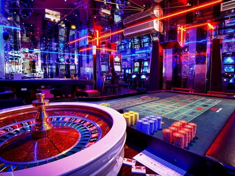 скачать фараон казино бесплатно