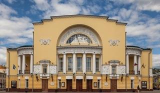 Владимир Мединский заявил об объединении Александринского и Волковского театров