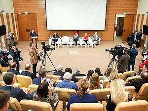 Народные избранники и специалисты обсудили проблемы и перспективы печатной прессы