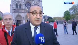 В МВД Франции заявили, что пожар в соборе Парижской Богоматери взят под контроль