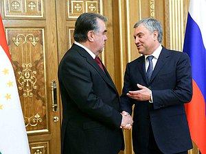 Эмомали Рахмон уточнил важность межпарламентских связей в развитии отношений РФ и Таджикистана