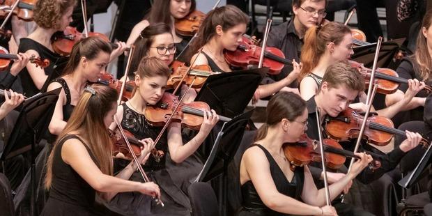 Московская филармония в первый раз проведет трансляцию концерта Российского молодежного оркестра