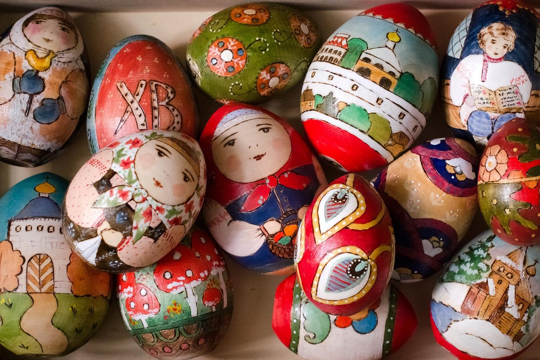 Общероссийский музей декоративно-прикладного искусства представит пасхальную коллекцию деревянных точ