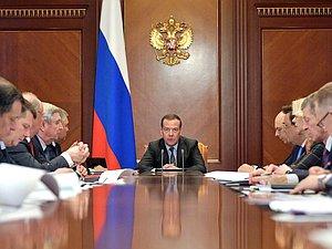 Медведев д. А. встретился с народными избранниками фракции КПРФ