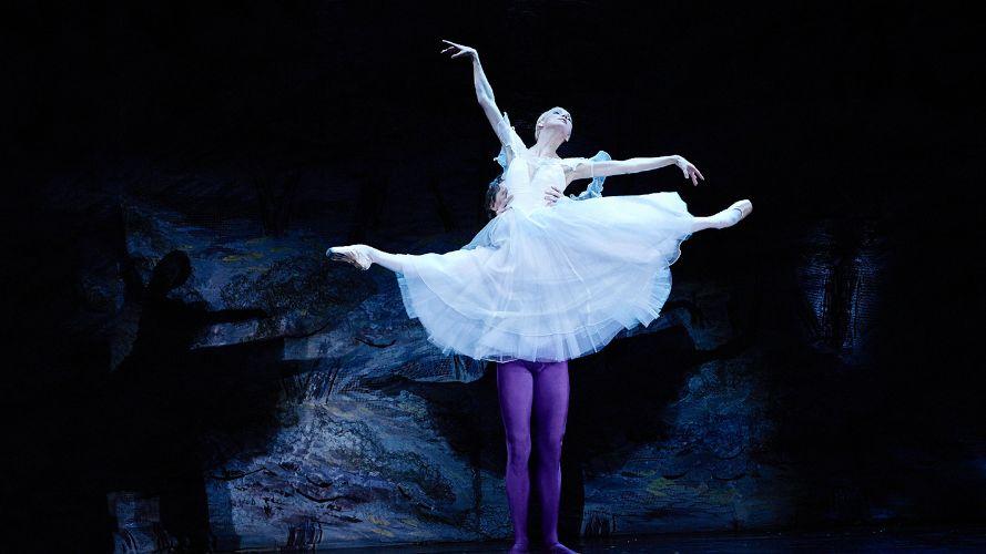 """Около 1000 иностранных танцовщиков приедут на фестиваль """" Мировые балетные каникулы """""""