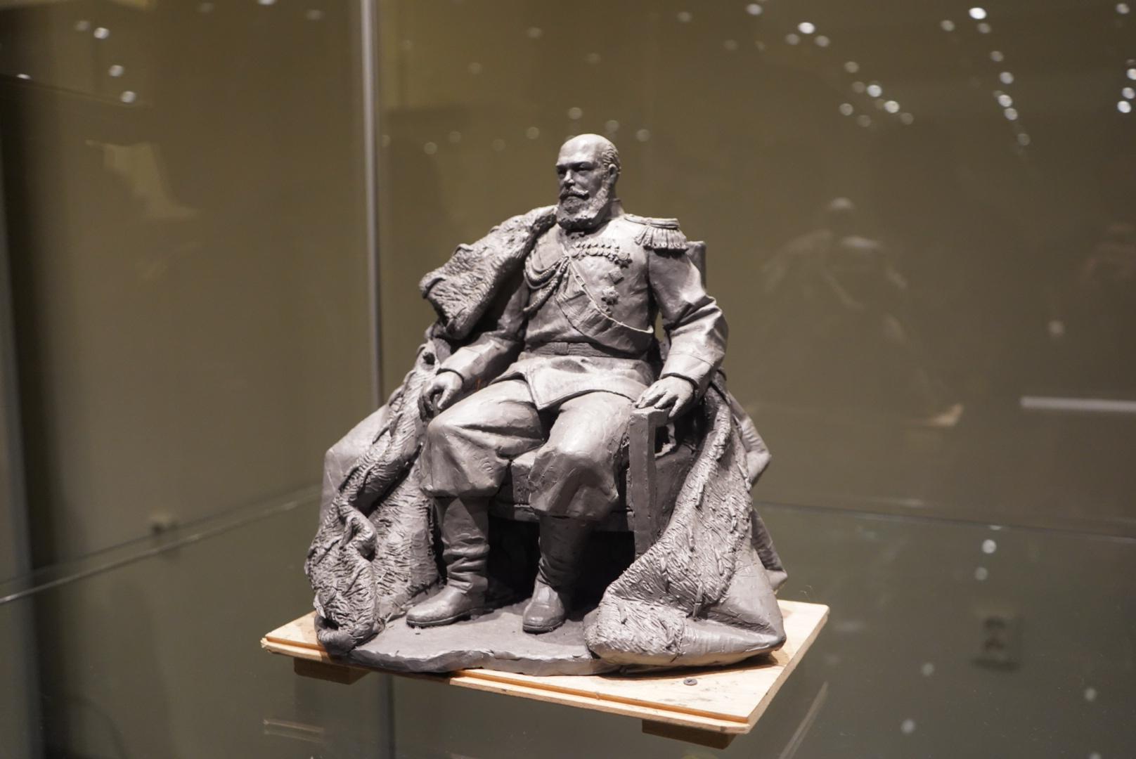 Памятник Александру III по проекту скульптора Владимира Бродарского установят в Гатчине в 2020 году