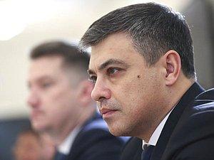 Дмитрий Морозов: надобно более часто на законодательном уровне сверять позиции с регионами