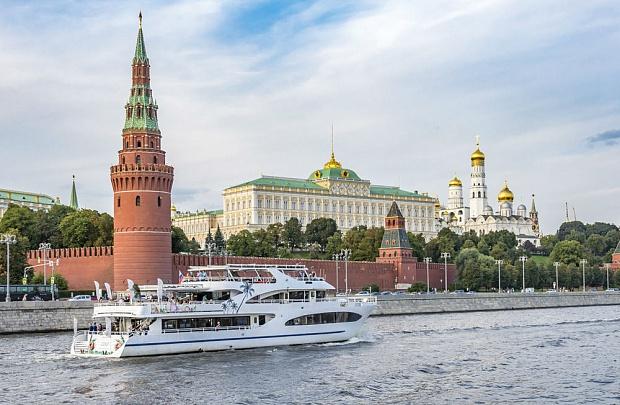 Как арендовать яхту в Москве?
