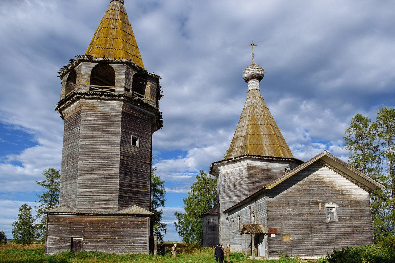 II Летняя учебное заведение реставрации начала работу в Ошевенском