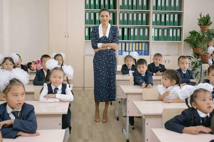 Асель Тасмагамбетова в новой гимназии