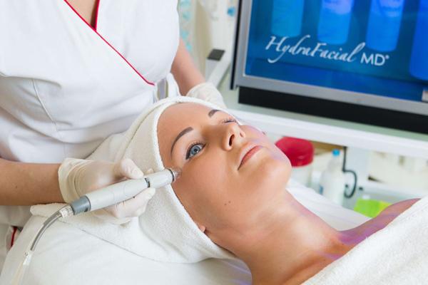 процедура HydraFacial для лица