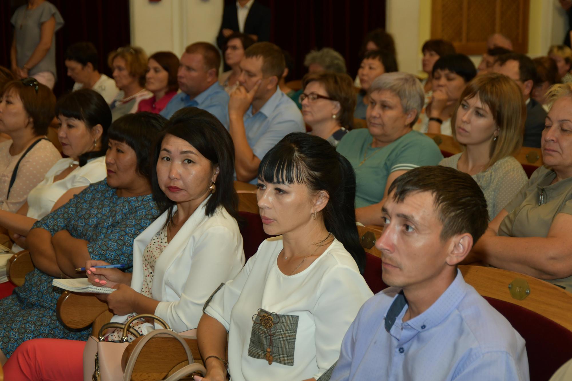 К 2024 году качественным дополнительным образованием охватят 6 млн. российских школьников