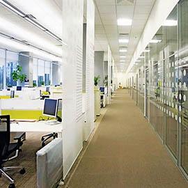 Как выбрать перегородки в офис?