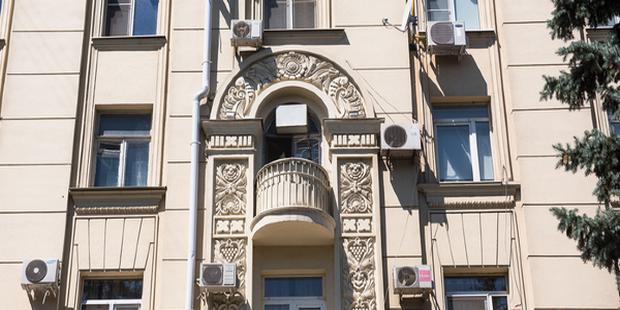 В государственной думе рассмотрели проект закона, запрещающий размещать кондиционеры на фасадах объектов культурно