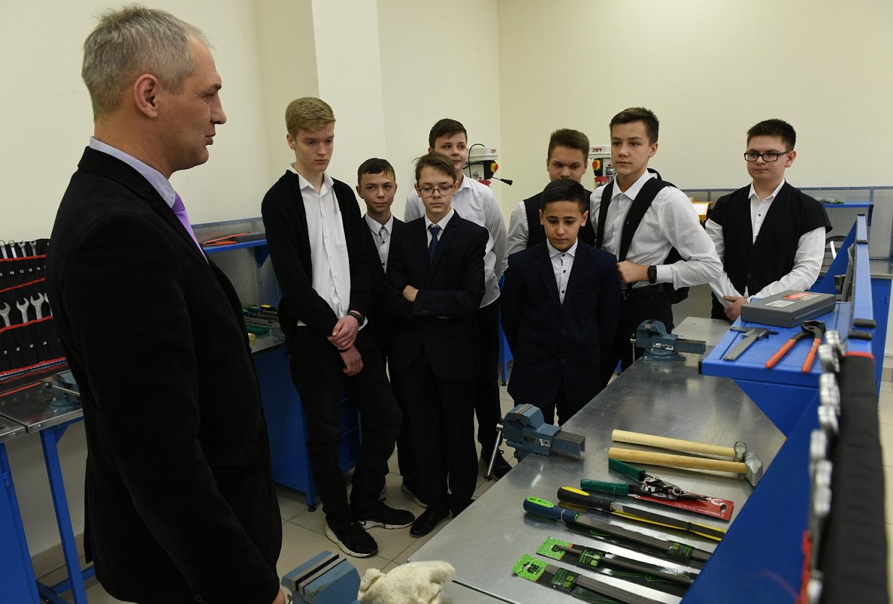 Глава Минпросвещения России открыла новую школу в Твери
