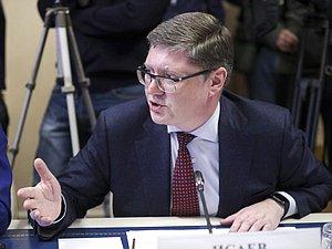 Андрей Исаев поведал о законопроектах предстоящей пленарной недели