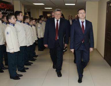 Владимир Мединский открыл новое здание Первого музыкального лицея имени А</div><div class=