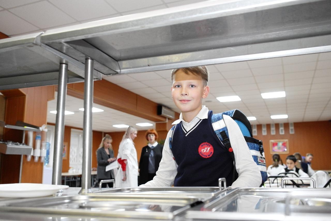 Подавляющее число родителей довольны организацией горячего питания для учеников младших классов