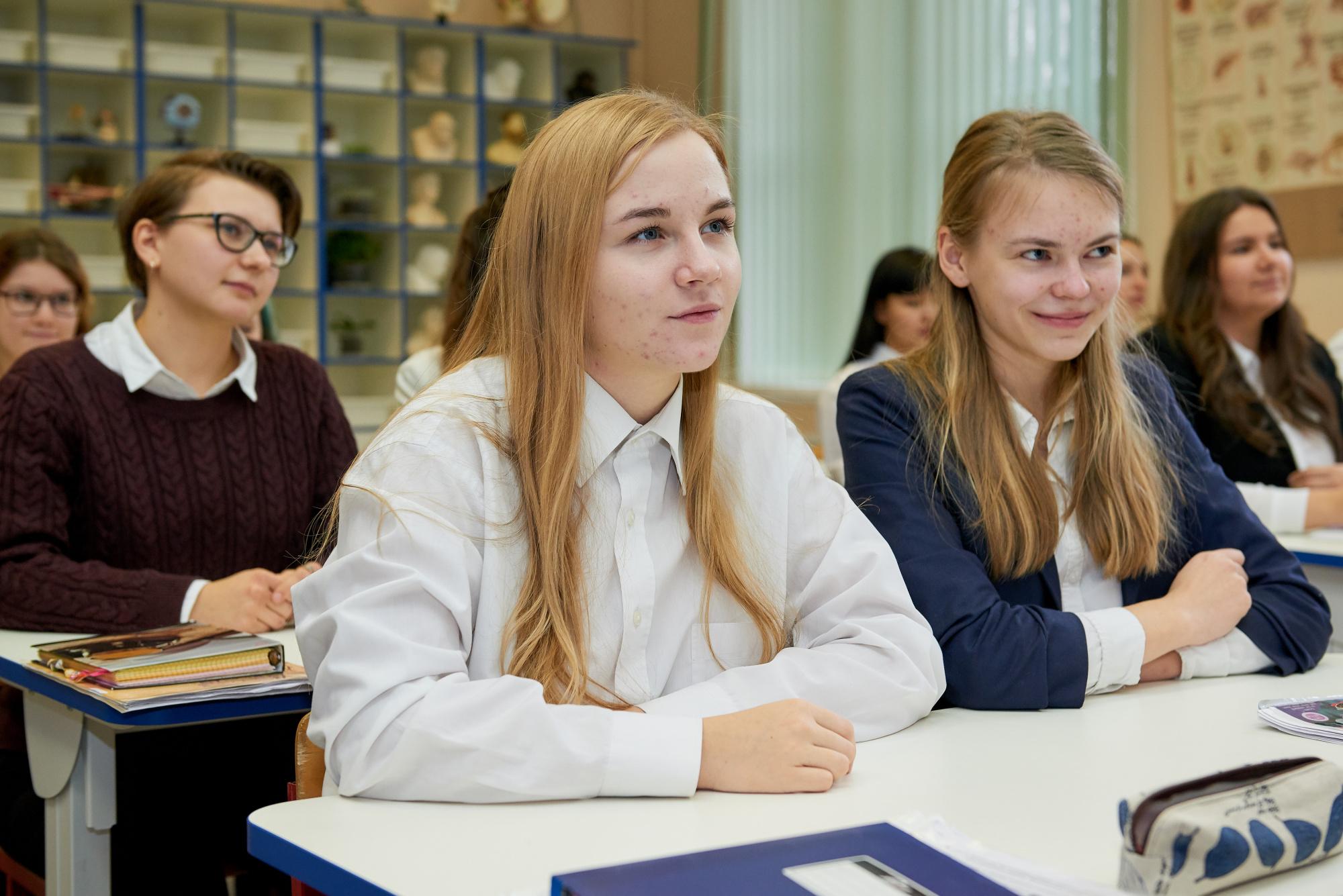 Школьники девятых классов пройдут итоговое собеседование по русскому языку