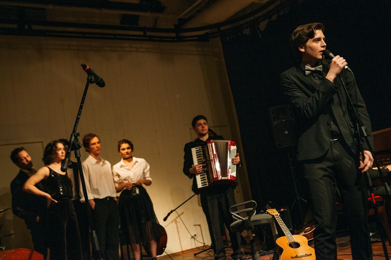 Студенты мастерской Виктора Рыжакова покажут два спектакля на сцене Театра наций