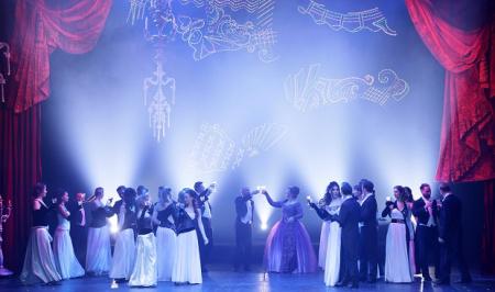 """Во время проекта """" Большие гастроли - онлайн """" пройдет Неделя музыкальных спектаклей"""