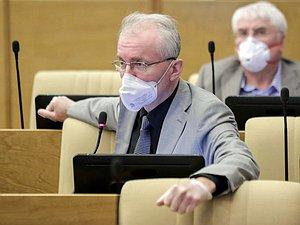 Руководитель Правительства сказал депутатам, когда имеет возможность быть внесен проект закона о гаражной амнист
