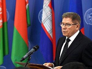 Вячеслав Володин засвидетельствовал свое почтение с днем рождения Вячеслава Лебедева