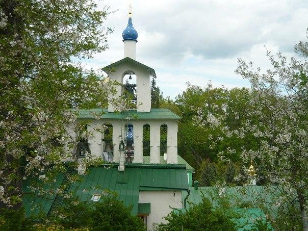 экскурсии в Псково-Печерский монастырь rosistok.ru
