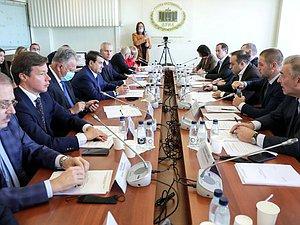 Новость: Комитет по физической культуре и спорту согласовал с профильным министром проект бюджета на 2022-2024 г