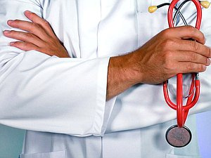 Новость: Комитет по охране здоровья согласовал исправление оплаты труда медработников