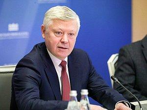Василий Пискарев: Россия не приемлет попытки повлиять извне на свое информационное пространство