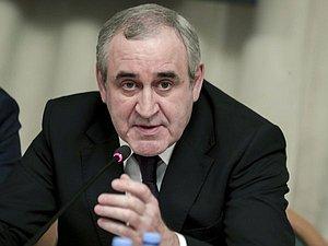 Сергей Неверов: задания по результатам совещания о реализации посланий Президента будут исполнены в кра