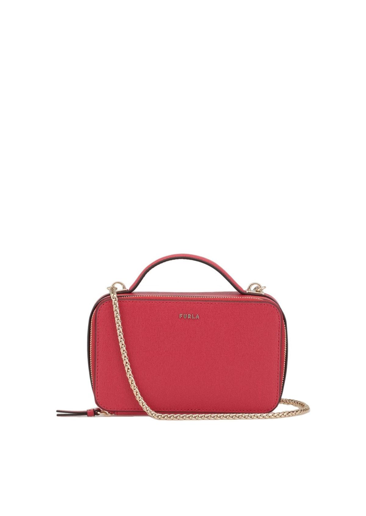 Чем хорош такой вариант изделий из кожи, как женская сумка?