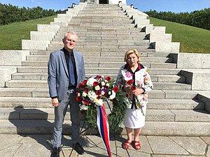 Народные избранники ГД участвуют в памятных церемониях в связи с 80-летием нападения гитлеровской Гер