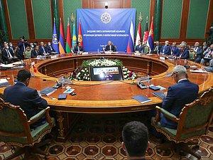 Совет ПА ОДКБ осудил террористические акты в Афганистане и попытался убедить политические силы страны к примирению
