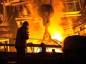Вячеслав Володин засвидетельствовал свое почтение металлургов с профессиональным праздником