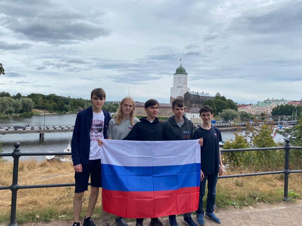 Российская сборная завоевала шесть медалей и заняла второе место в командном зачёте на интернациональной