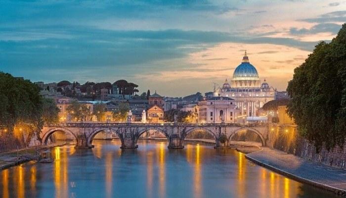 Где узнать о самых интересных локациях Рима?